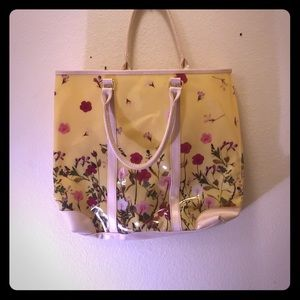 Floral Bag With Handles Cream